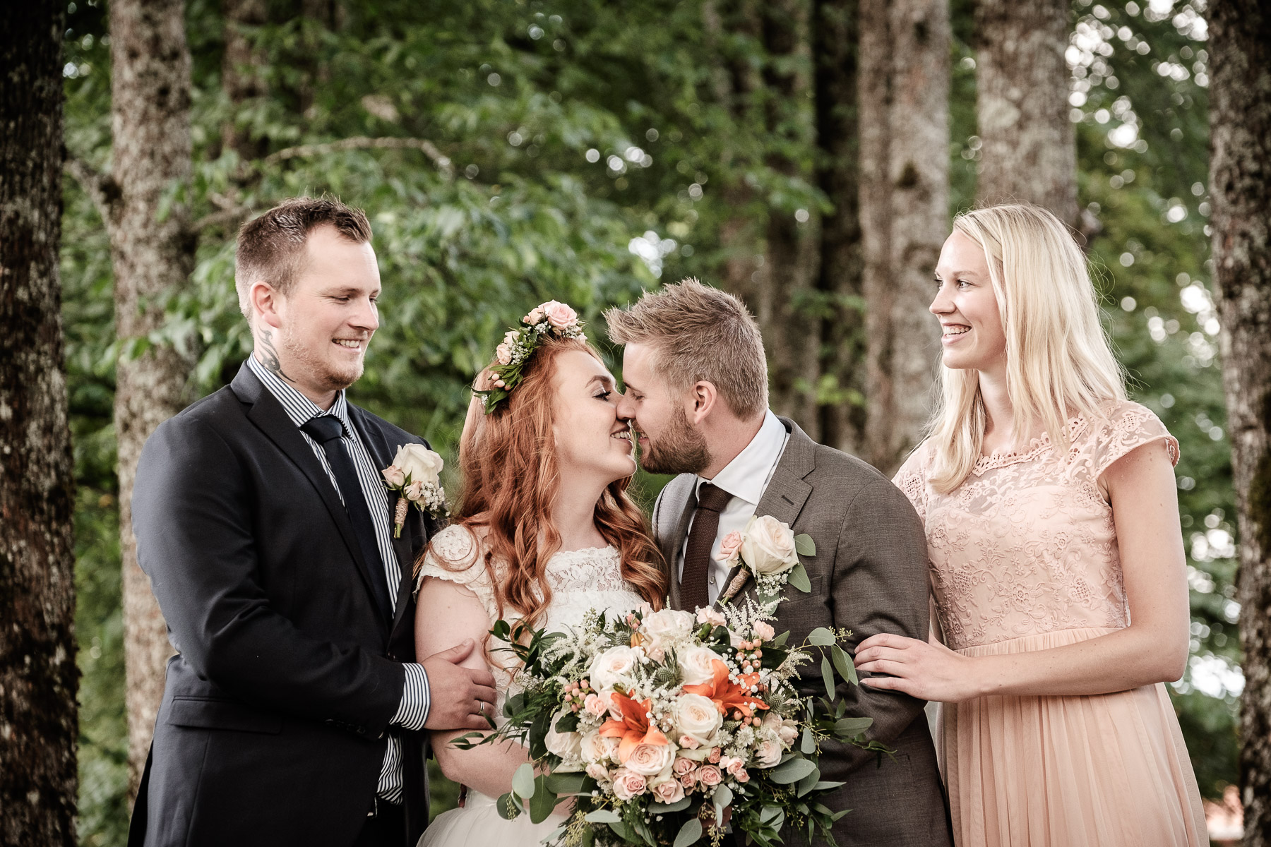 Click to enlarge image elise-christoffer-eidsvoll-ottossonphoto-1026.jpg