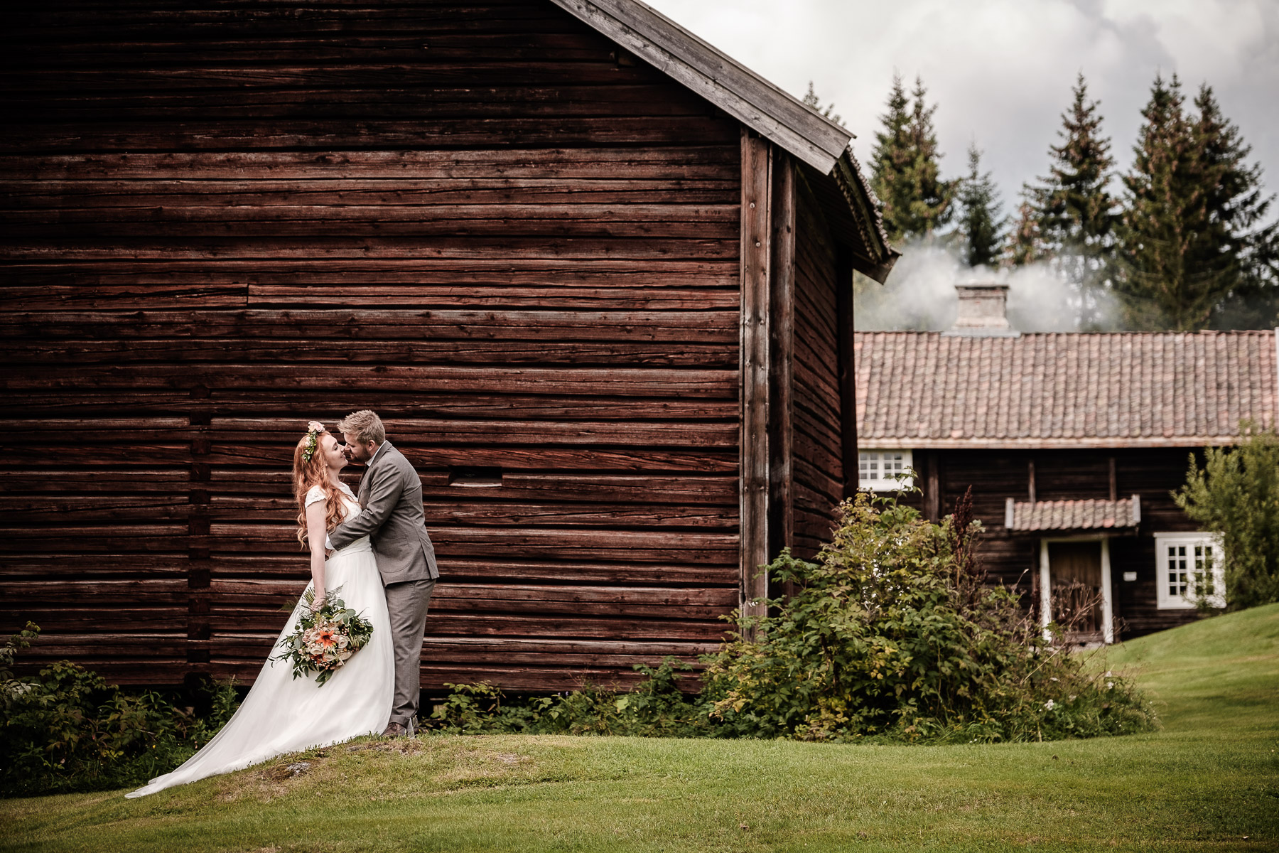 Click to enlarge image elise-christoffer-eidsvoll-ottossonphoto-1030.jpg