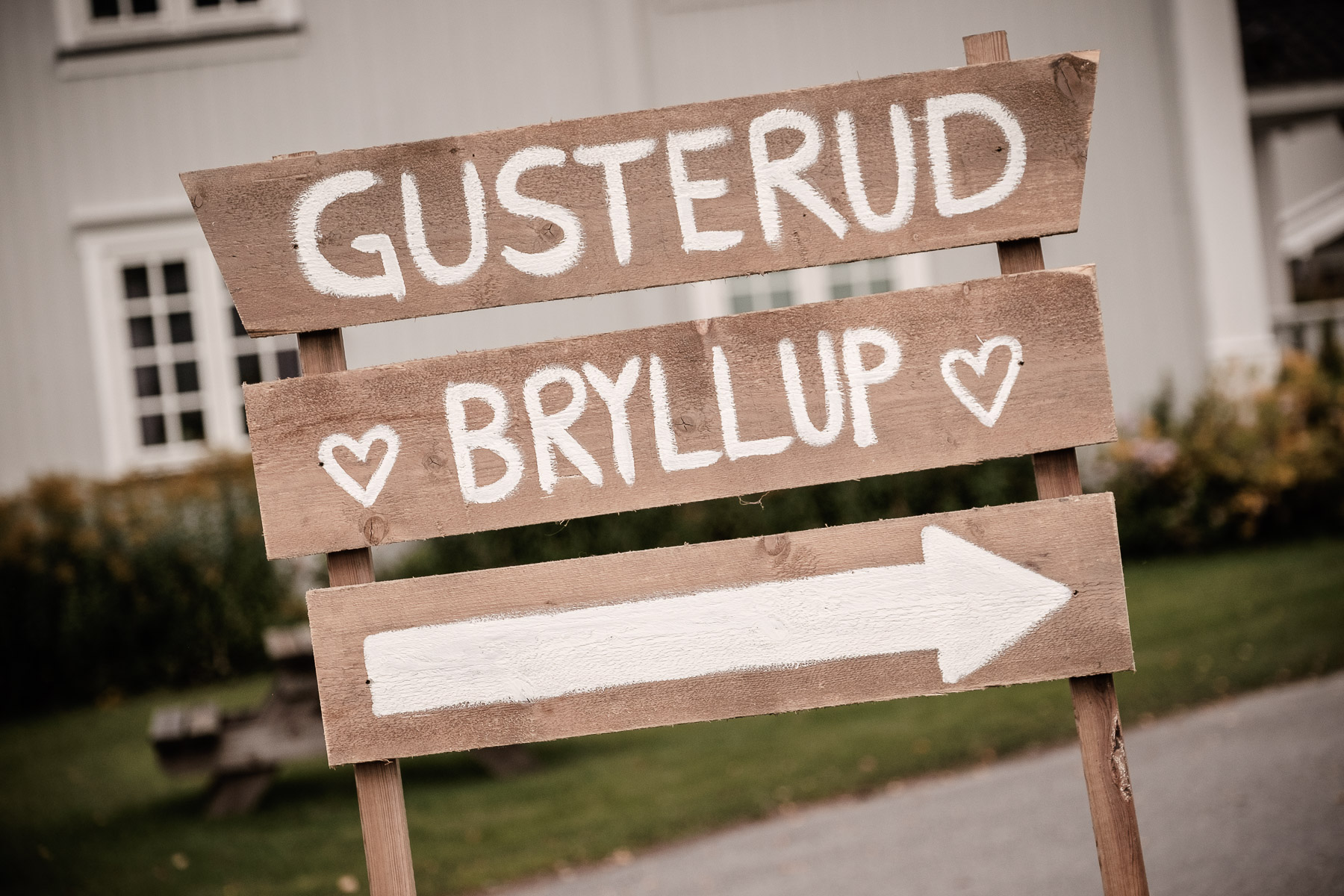Click to enlarge image elise-christoffer-eidsvoll-ottossonphoto-1037.jpg