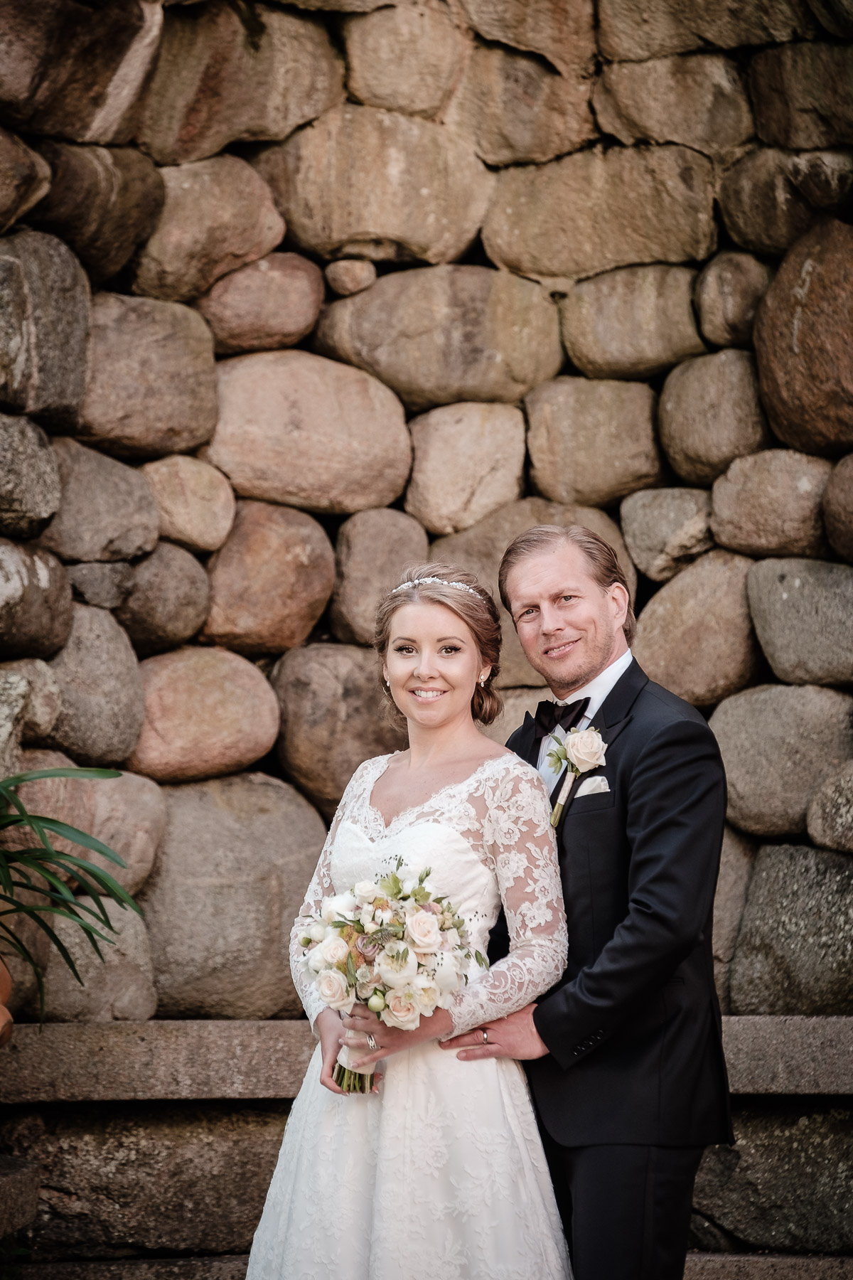 Click to enlarge image hanna&andreas-tjoloholmsslott-ottossonphoto-1019.jpg